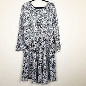 LuLaRoe Floral Roses Tiered Georgia Dress NEW
